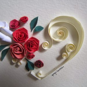 Cuore con bouquet rose rosse - www.quillingmesoftly.com